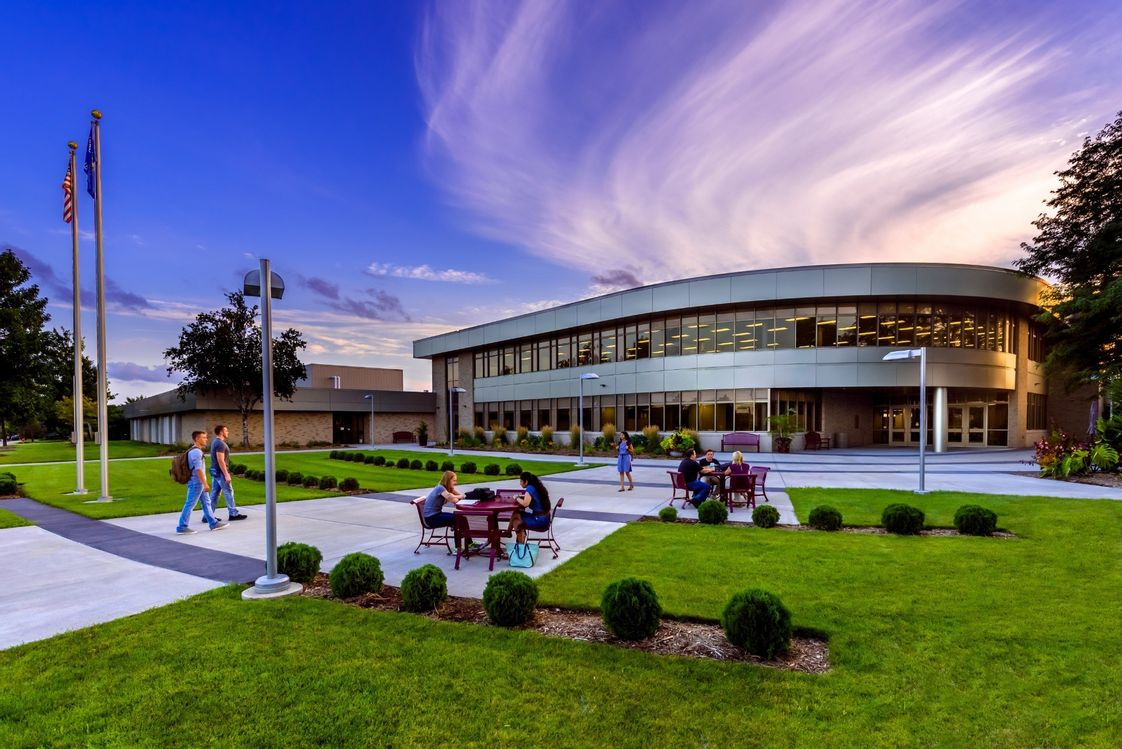 Fox Valley Technical College Photo - Fox Valley Technical College Appleton Campus